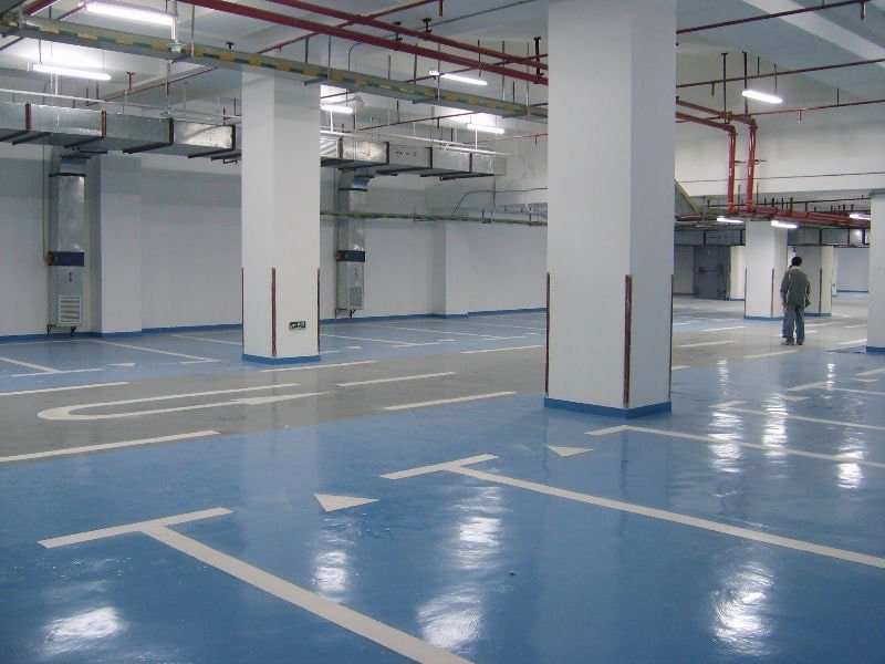 Concrete Flooring in Commercial Parking Garage