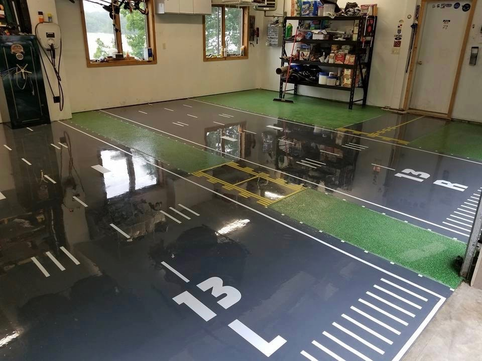 Designed Epoxy Flooring in Automotive Garage